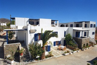 holidays-in-paros-greece